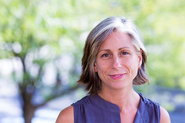 Headshot of Eve Waltermaurer