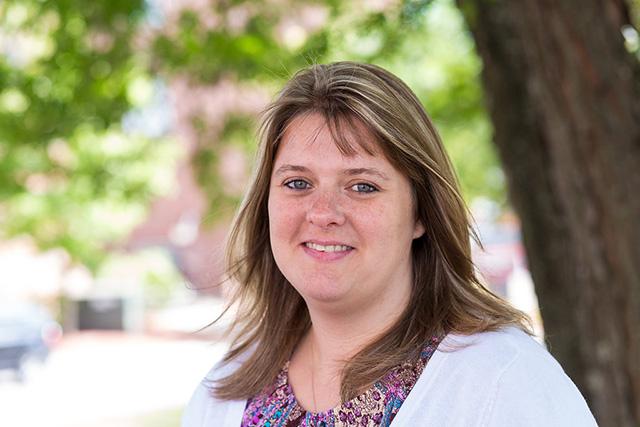 Headshot of Tonya Ryan