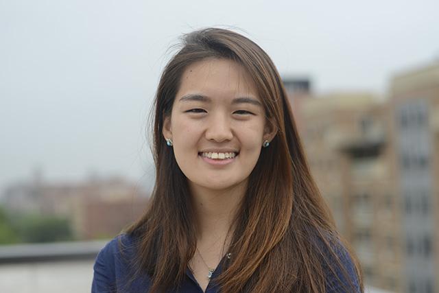 Headshot of (English) Christine Chang