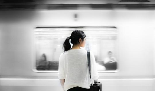 SubwayWoman_websize
