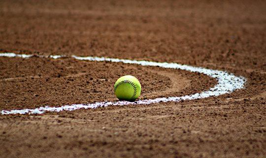 softball-baseball-ball-sport-54330_websize