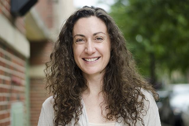 Headshot of Julia Gleize
