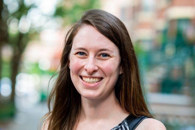 Headshot of Lauren Shapiro