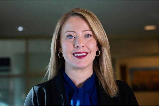 Headshot of Tracey Ochsenreiter